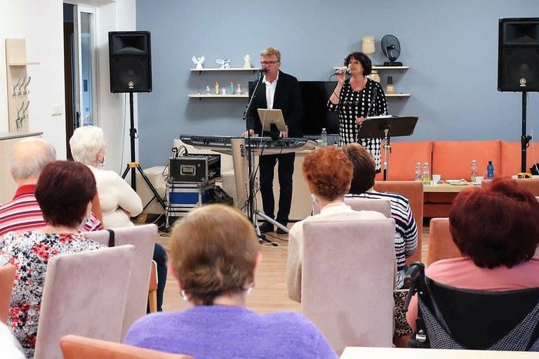 Klub seniorů při domu s pečovatelskou službou Gajdošova obnovil svou činnost