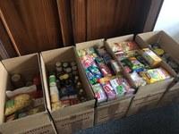 Podpořili jsme sbírku potravinové pomoci