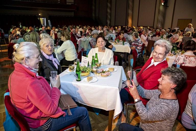 Prvního října jsme si připomněli Mezinárodní den seniorů