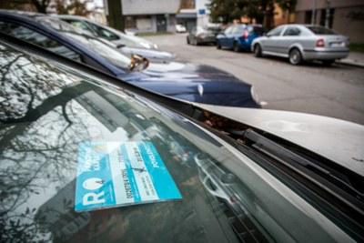 Výdej parkovacích karet pro oblast Fifejdy II je opět v provozu